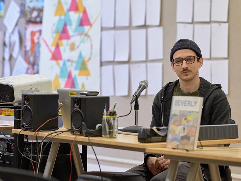 Un'asettica narrazione empatica: un'intervista a Nick Drnaso